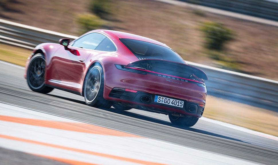 Porsche 911 auf der Rennstrecke