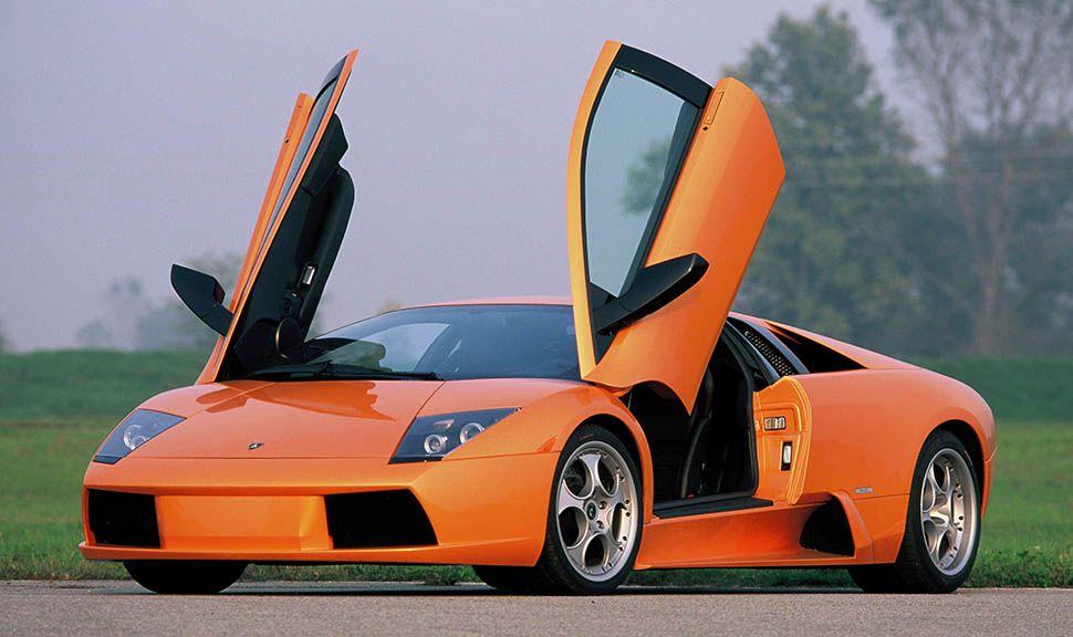 Lamborghini Murcielago in Orange mit offenen Flügeltüren