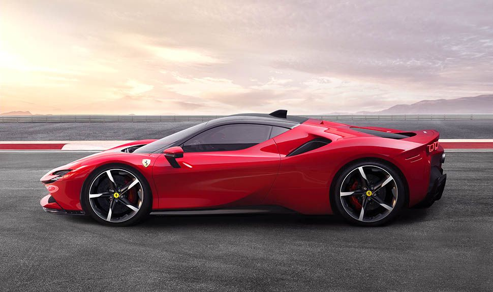 Linke Seite des Ferrari SF90 Stradale