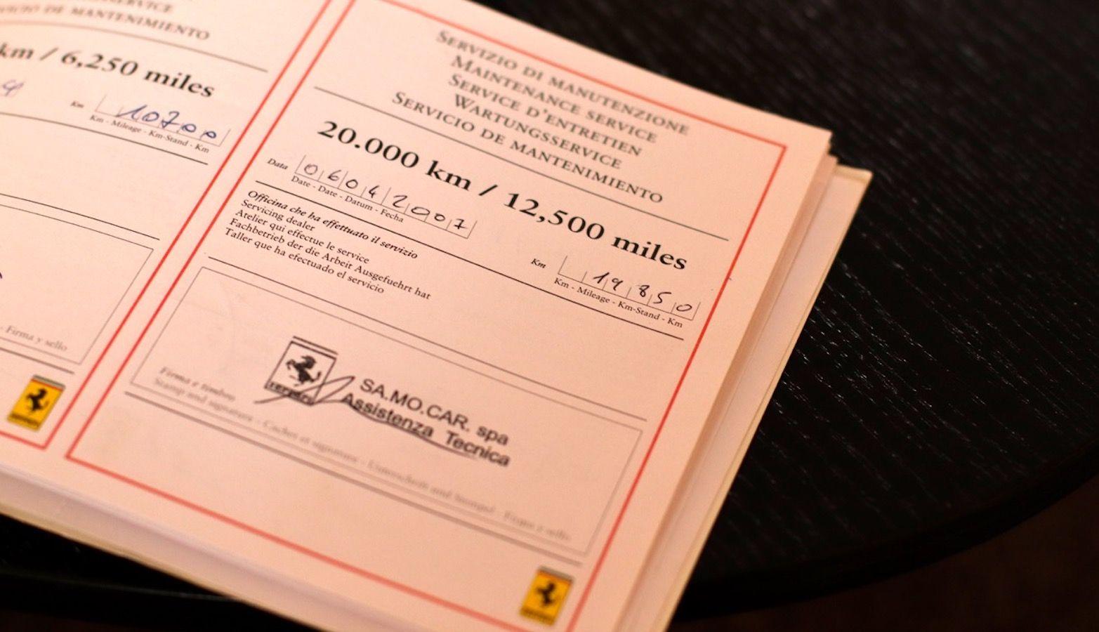 Carbild BeschreibungFerrari Enzo Ferrari8115