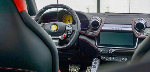 Carbild BeschreibungFerrari GTC4Lusso T8187