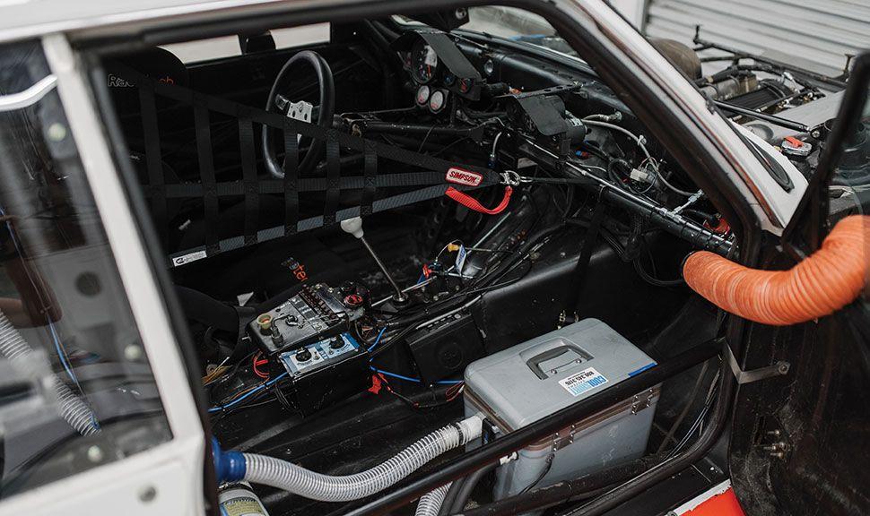 BMW 320i Turbo Innenraum