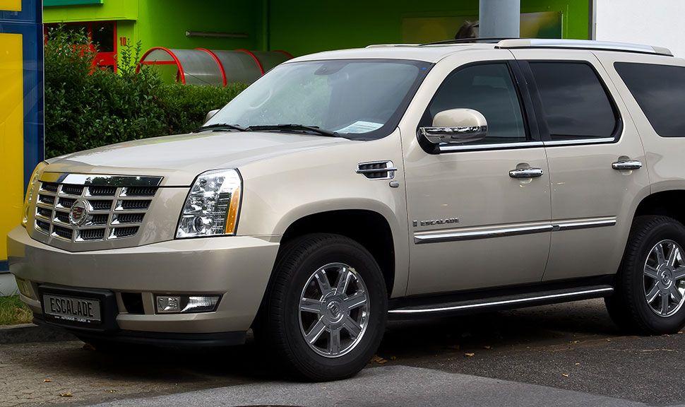 Cadillac Escalade Front und Seitenansicht