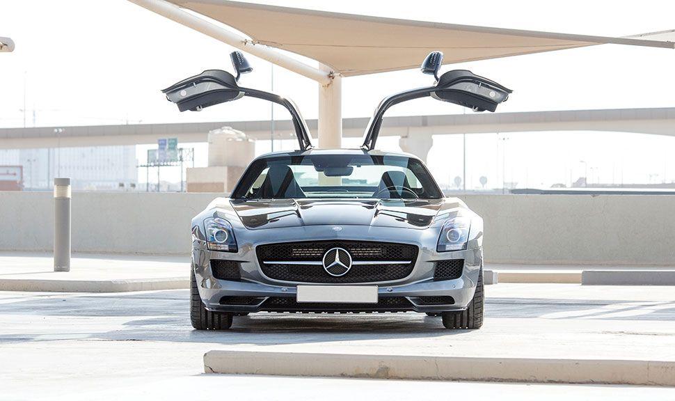 Mercedes SLS Front