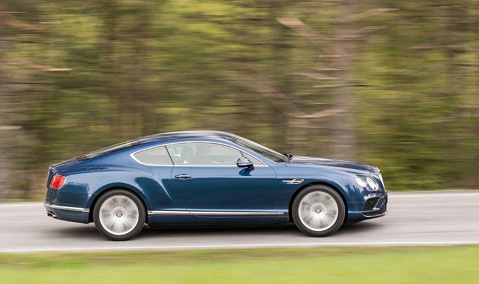 Bentley Continental GT V8 in Blau von rechts, fahrend