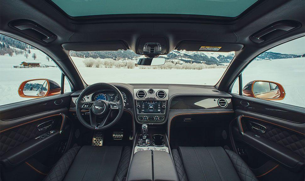 Bentley Bentayga Cockpit