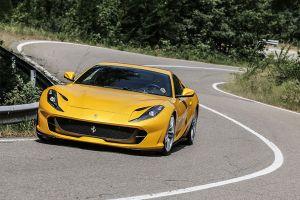Fahrtbild des Ferrari Superfast