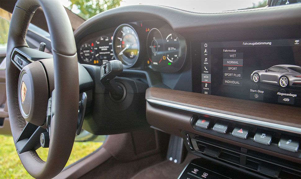 Porsche 911 Carrera Cockpit