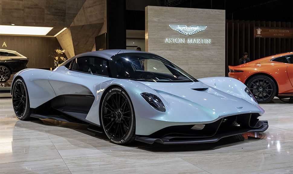 Aston Martin AM-RB 003 auf Aston Martin-Messestand