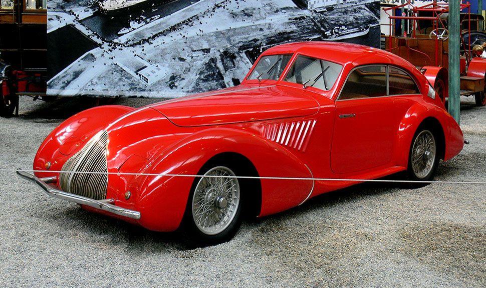 Alfa Romeo 8C, Baujahr 1936, Front und Seite