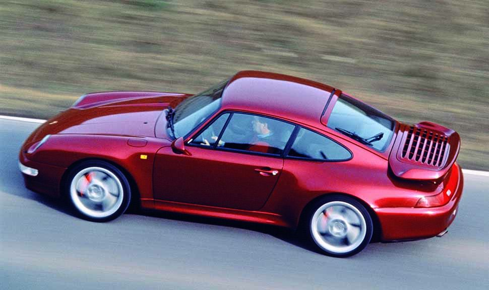 Seitenansicht eines Porsche 911 Turbo