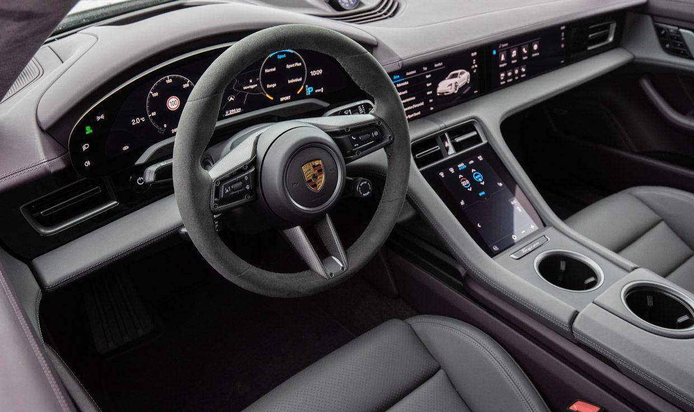 Porsche Taycan, Interieur, Cockpit